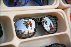 JP1209 American Flag Sunglasses With Reflection Of Venice Beach - Los Angeles CA