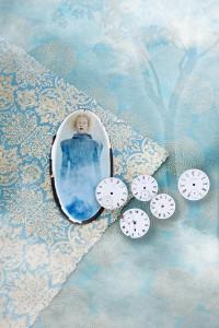 ACutting_clocks_mirror_7869small